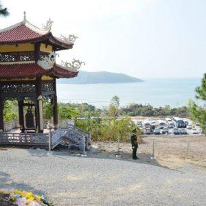 tour quảng bình 1 ngày vũng chùa đảo yến