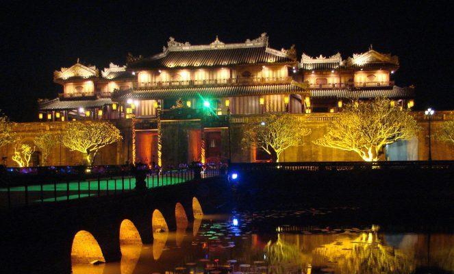 Tour Huế Quảng Trị Quảng Bình 4 ngày 3 đêm