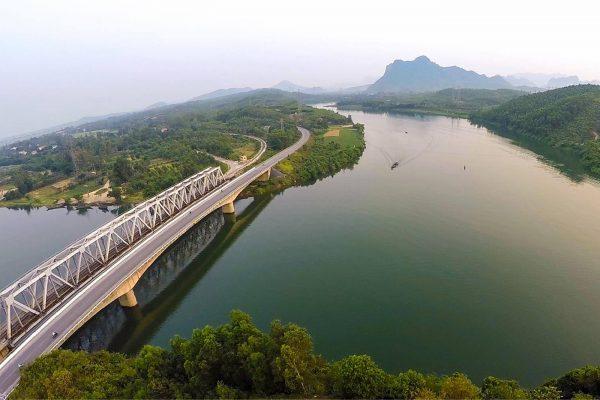 Núi Thần Đinh Ở Quảng Bình