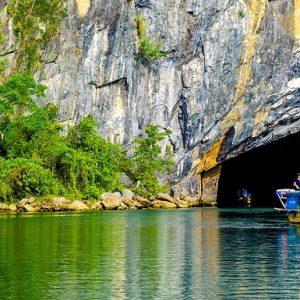 tour du lịch Quảng Bình Quảng Trị 2 ngày 1 đêm
