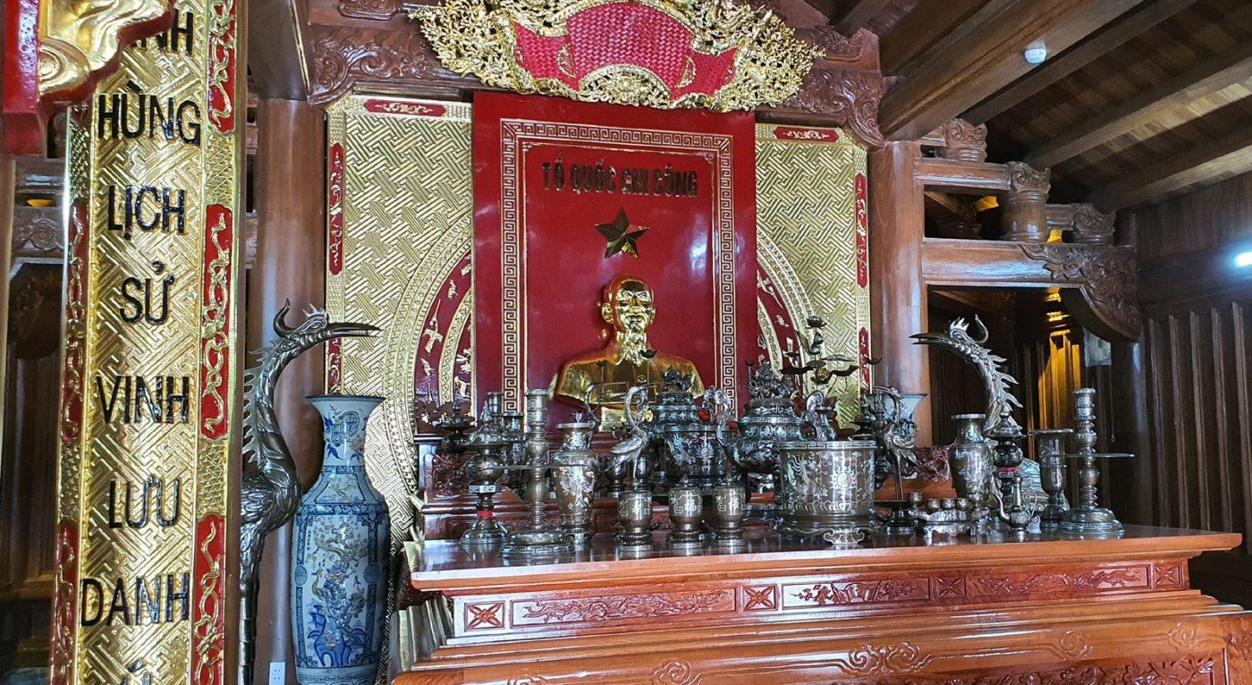 Đền Thờ Bác Hồ Và Các Anh Hùng Liệt Sĩ
