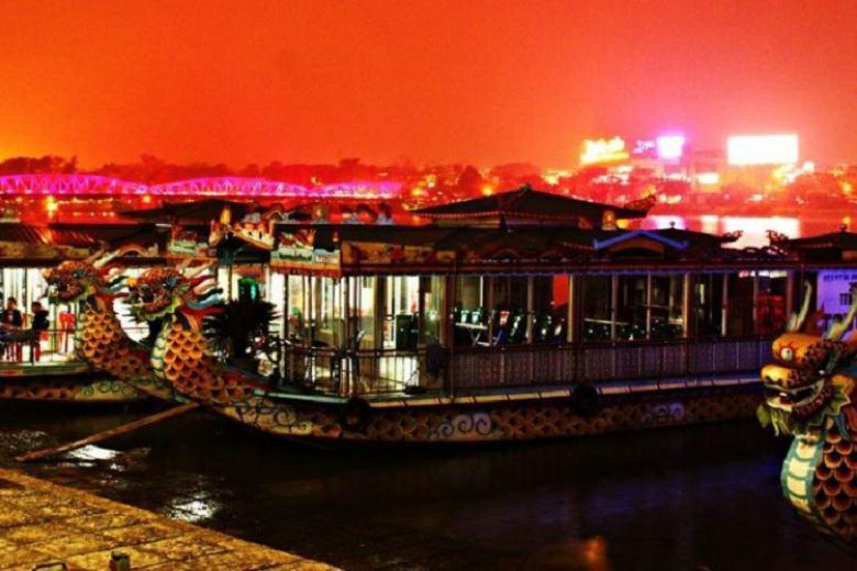 Nghe Ca Huế Trên Sông Hương