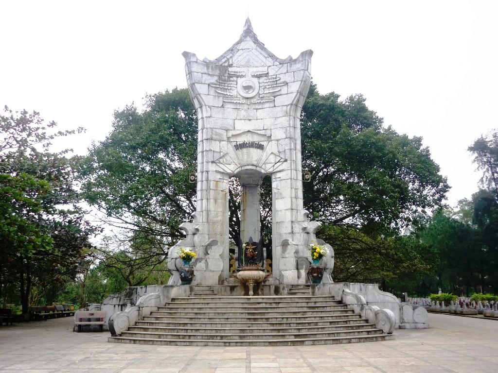 Nghĩa Trang Liệt Sĩ Trường Sơn Quảng Trị